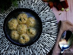 Сырные шарики в бульоне