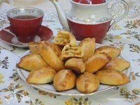 Печеные пирожки с капустой