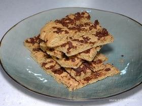 Песочное печенье с горьким шоколадом