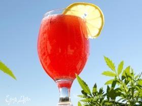 Клюквенно-розовый лимонад