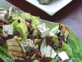 Теплый салат из баклажанов и вяленых томатов