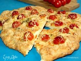 Лепешка с сыром, помидорами и орегано