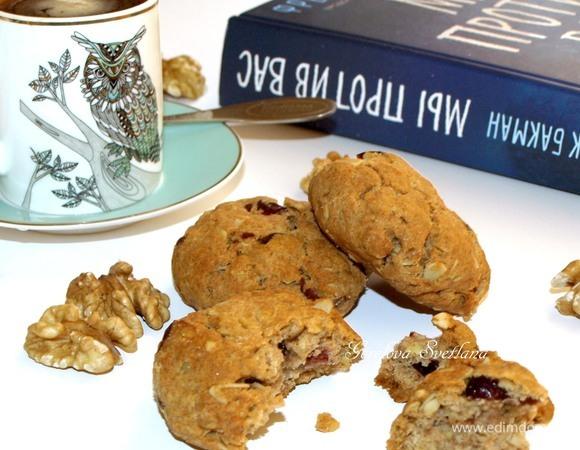 Полбяное печенье с грецкими орехами и клюквой