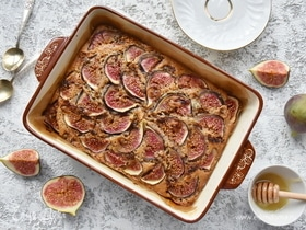 Пирог с инжиром и сыром дорблю