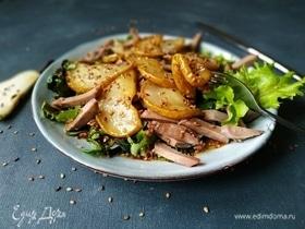 Салат с языком и грушей