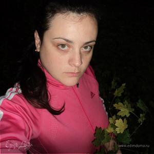 Виктория Вамош