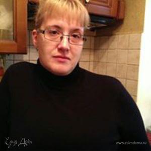 Гала Шмакова