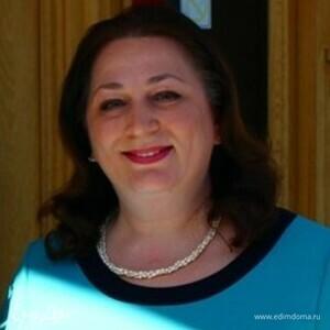 Nelly Sichinava
