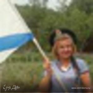 Любовь Суркова