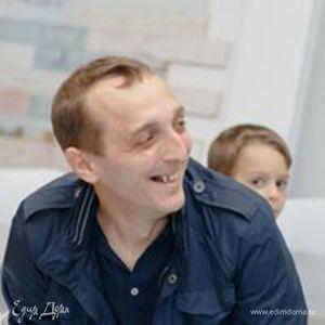 Максим Данилюк